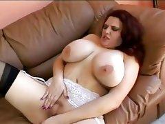 Chubby big tits cum