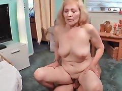 Ass Licking, Granny