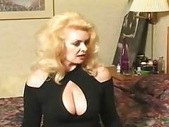 Blonde, Mature