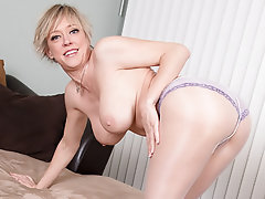 Mature, MILF, Pantyhose, Mature
