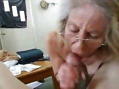 granny pics amature blowjob