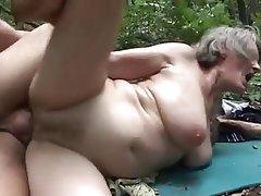 Granny, Outdoor